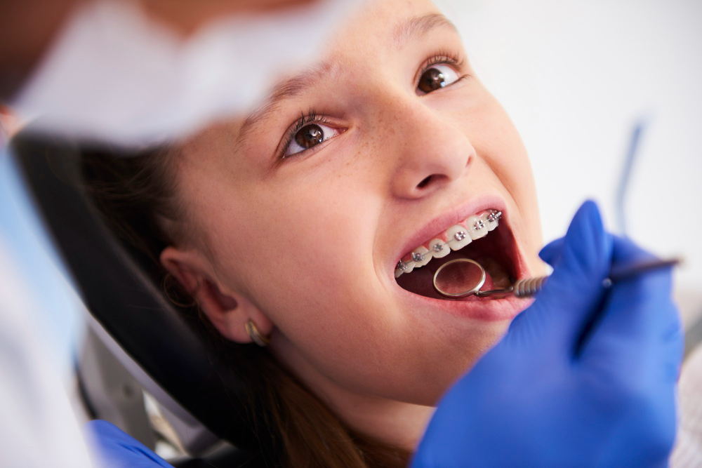 Odontopediatria Balneário Camboriú: conheça a importância e quando levar o seu filho ao especialista